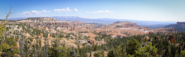 The first we saw of Bryce Canyon extensive red rocks