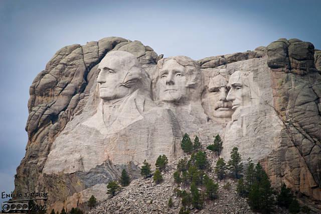 Mount Rushmore - Nikon D100, Nikon 75-300mm f/4.5-5.6