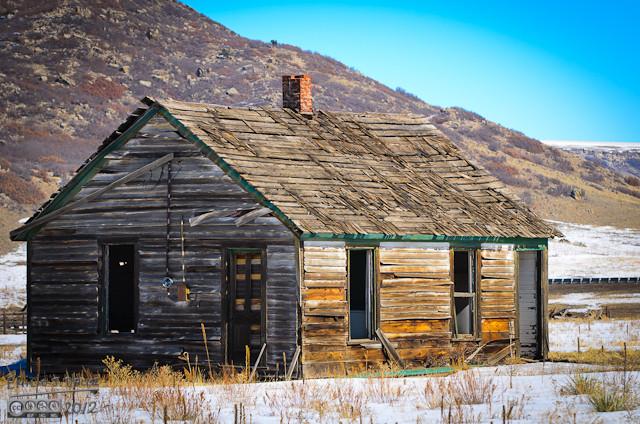 I like abandoned structures