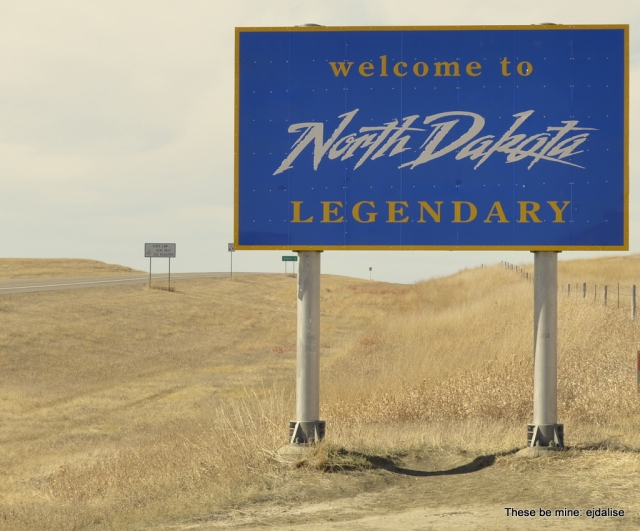 Here we are . . . in the middle of nowhere.  Well, actually we're at the border between nowhere in South Dakota, and nowhere in North Dakota.
