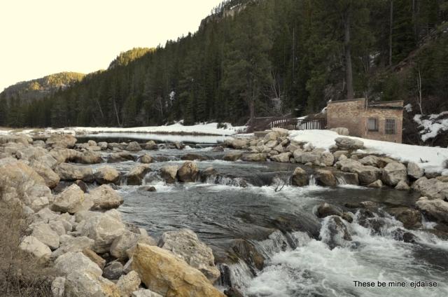 A neat little lake and associated cascades.