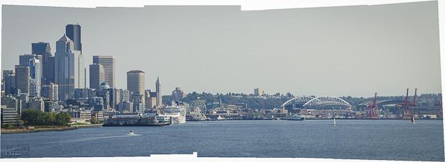 Another panorama of Seattle.http://ejdalise.smugmug.com/Travel/Alaska-Cruise-2012-Part-I/27267076_VTchZG#!i=2291236398&k=zxFkpC2