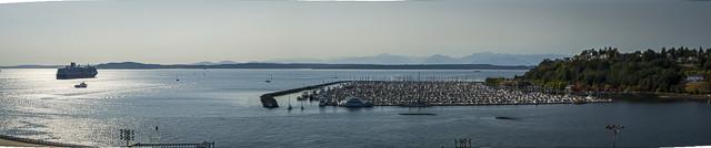 . . . and the view made for a nice panorama.http://ejdalise.smugmug.com/Travel/Alaska-Cruise-2012-Part-I/27267076_VTchZG#!i=2291236870&k=mhzZSNB