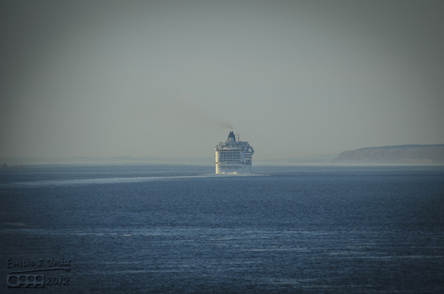 I could see the two other cruise ships ahead of us, and it looked as if we were catching up to them.