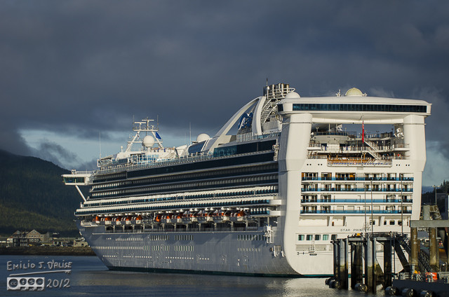 Hey, look at that!  There's a cruise ship docked at the peer!