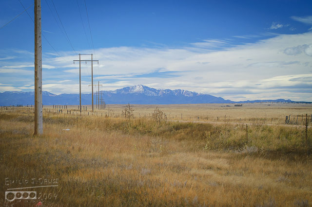 0001-Pikes_Peak_View