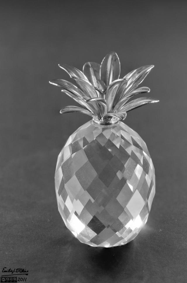 "1.5"" Crystal Pineapple - blended layers"